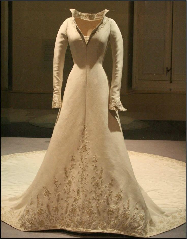 Royal Couture Rip Spanish Couturier Manuel Pertegaz A