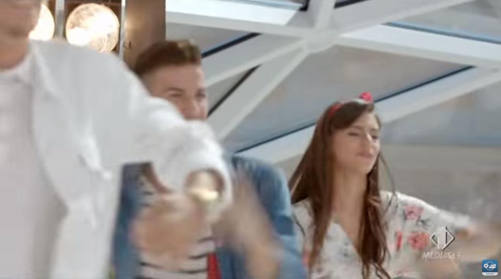 Alvin in stile Justin Timberlake nella Sigla di Bring The Noise sigla