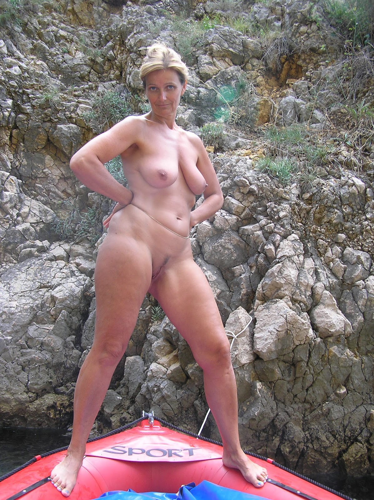Beautiful Nude Mature Ladies
