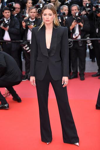 Doutzen Kroes red carpet fashion dresses photo