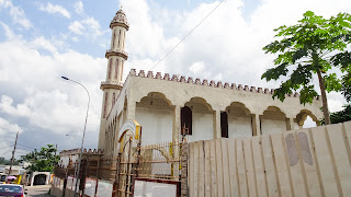 Libreville has many mosques but also many Churches