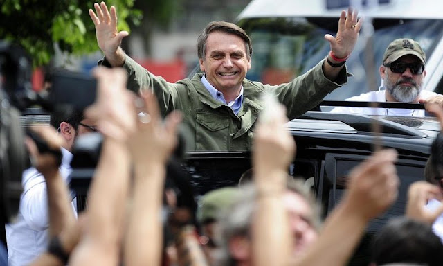 Bolsonaro vota non rio de janeiro