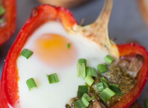 Śniadaniowo mi #24: Jajka zapiekane w papryce