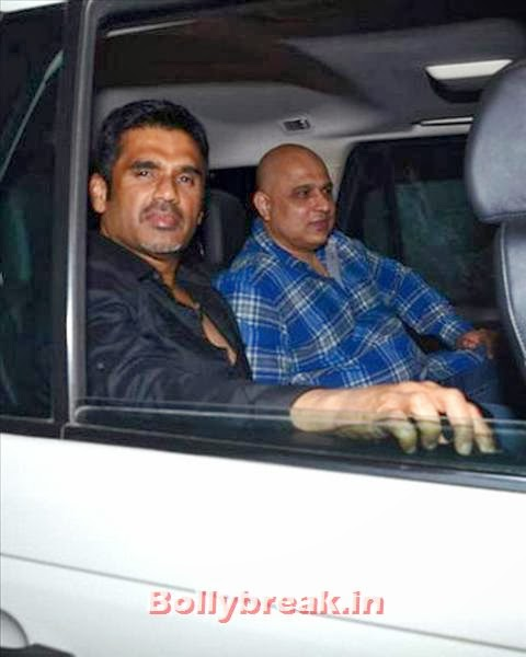 Suniel Shetty dropped by to wish Salman. Buzz is that Suniel features in the Salman starrer Jai Ho, directed by his brother Sohail Khan., Salman Khan Birthday bash Pics