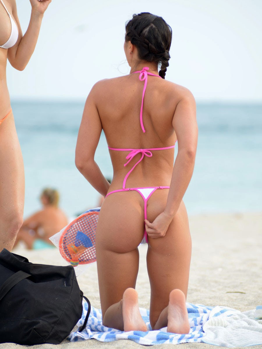 Miami beach bikini candid ass