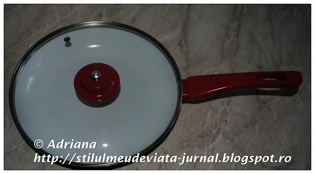 tigaie rosie din ceramica