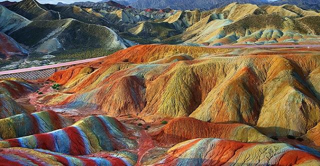 Το πιο πολύχρωμο μέρος του κόσμου! (φωτογραφίες)