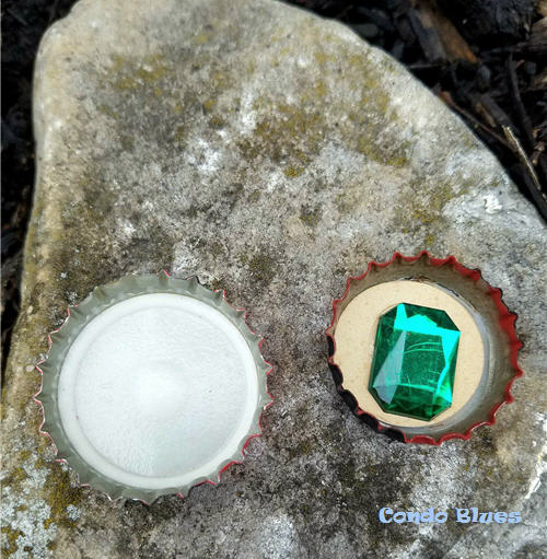 How ot decorate bottle caps