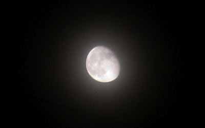 moon photo with canon powershot a3100 IS