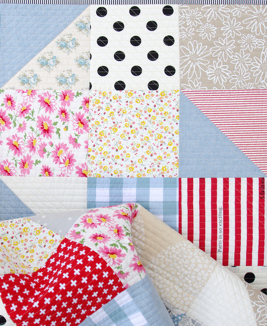 Modern Big Block Half Square Triangle Quilt   Red Pepper Quilts - January 2016