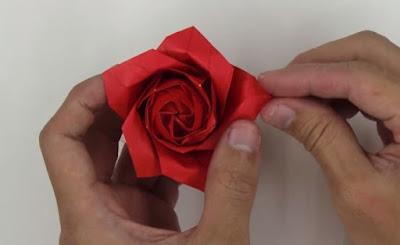 gấp giấy origami hoa hồng