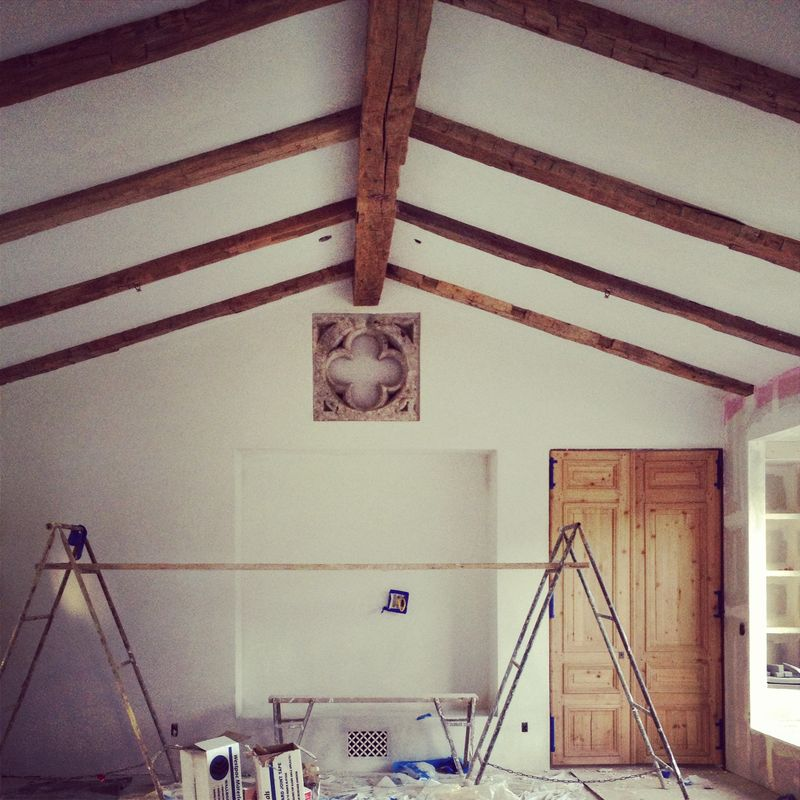 Before picture of Patina Farm great room