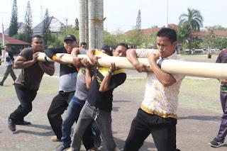 Bupati Indramayu dan ASN Galakkan Olahraga Tradisional