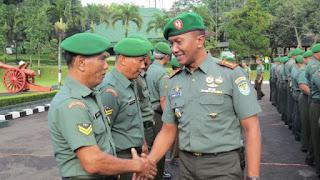 Dandim 0615 Kuningan Pimpin Upacara Kenaikan Pangkat