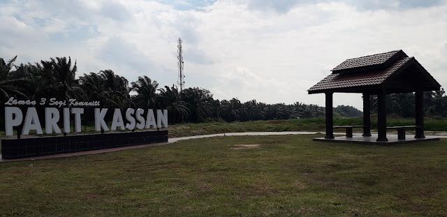 Laman 3 Segi Komuniti @ Parit Kassan
