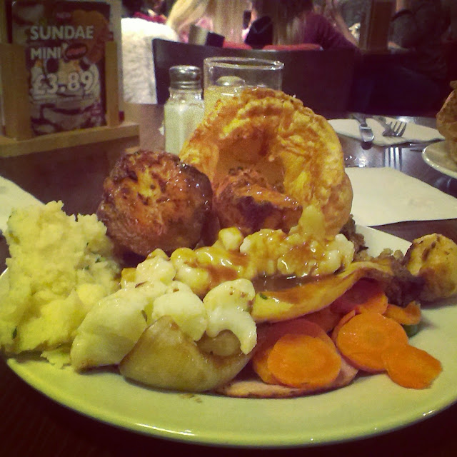 7pm - Toby Carvery roast