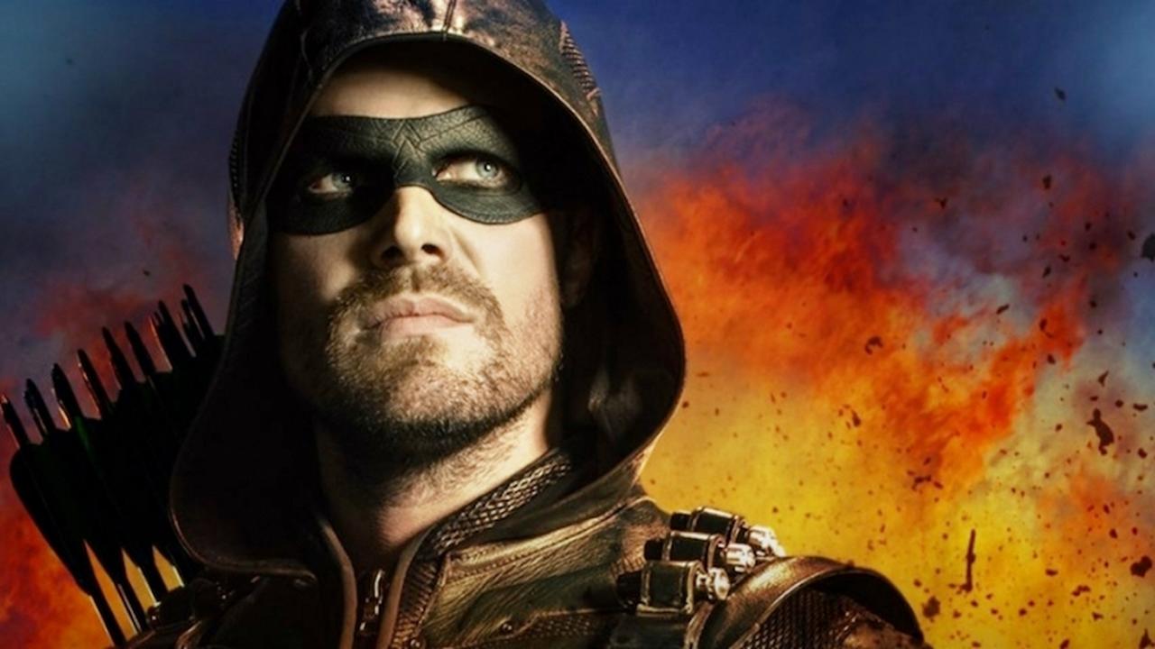 Estrela de Arrow confirma que referência a Lanterna Verde no final deixará os fãs felizes