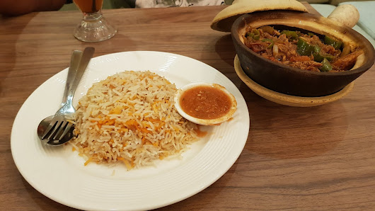 Chicken Aqda with Rice