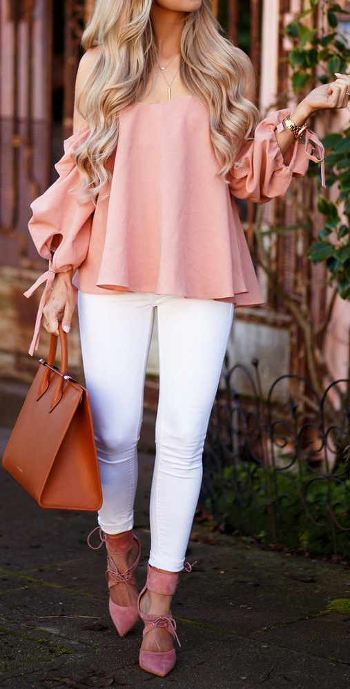 beautiful outfit idea: blouse + bag + white skinny pants + heels