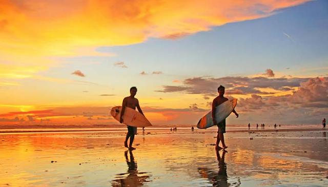 keindahan pantai bali