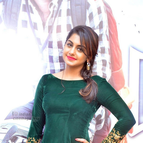 Meera Nandan latest hot photos from Ner Mugam Audio Launch