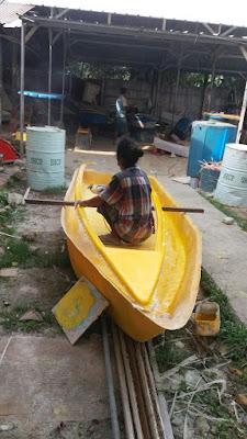 pembuatan sepeda air