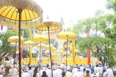 Pengertian dan Bagian-bagian Catur Purusartha Dalam Agama Hindu