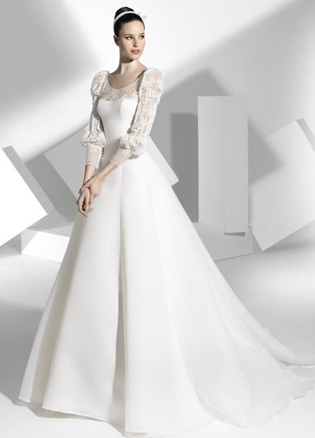 5501fbd04e Novias Super Fashion  Franc Sarabia 2013