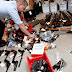 الشرطة تتسلم الأسلحة الغير مرخصة بدون أي عقوبة