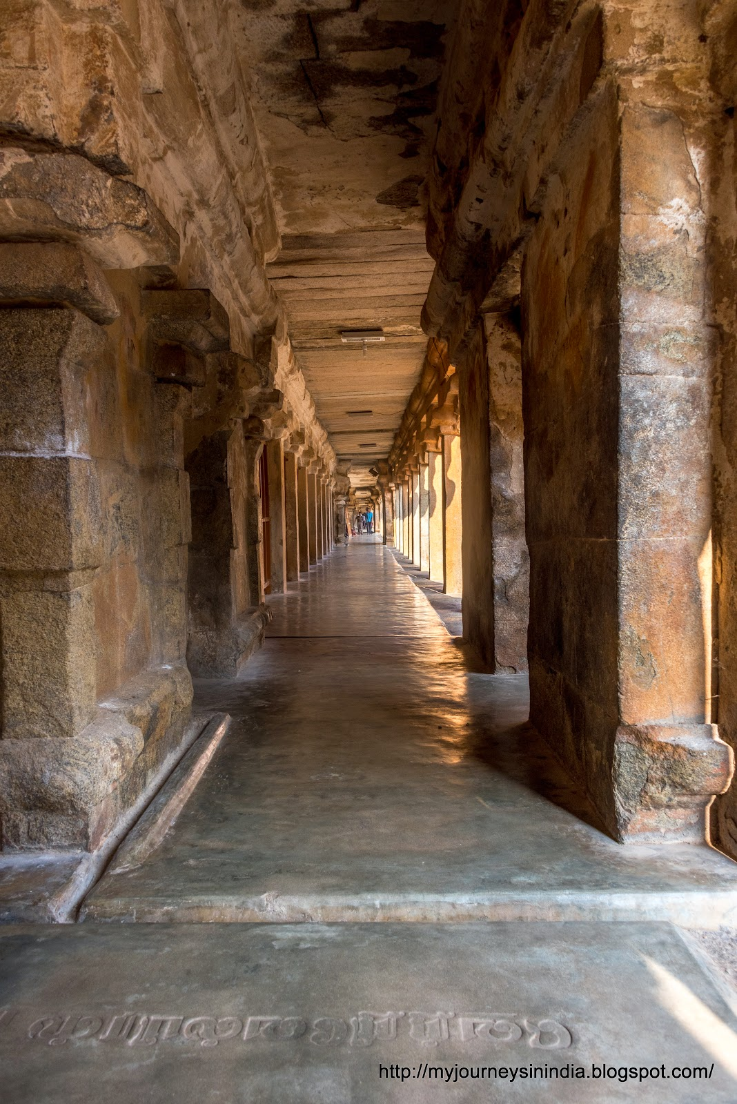 Thanjavur Brihadeeswarar Temple Cloister Mantap