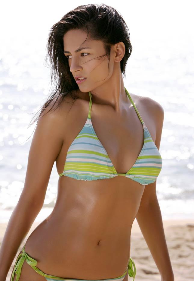 neeru bajwa bikini photos