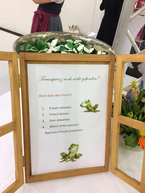 Küss den Frosch, Hochzeitstage München 2017 AVR MOC Stand Riessersee Hotel Garmisch-Partenkirchen, wedding fair Munich 2017