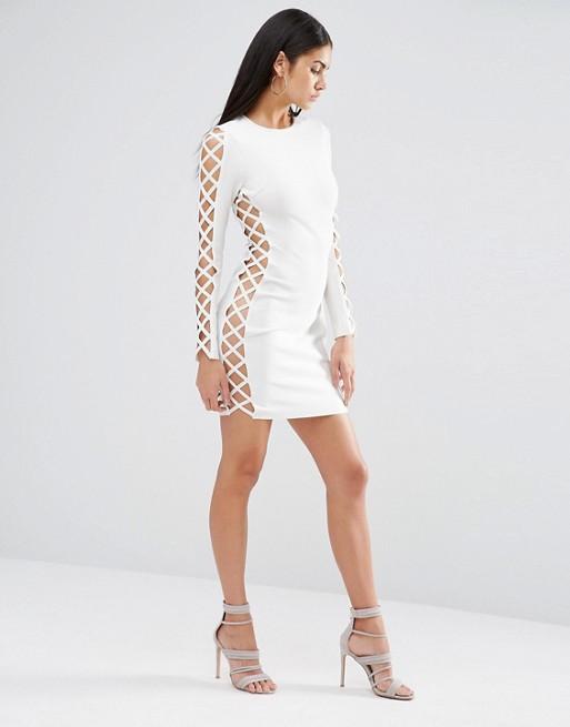 Modelos vestidos blancos