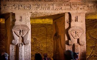 Interior Templo de Nefertari