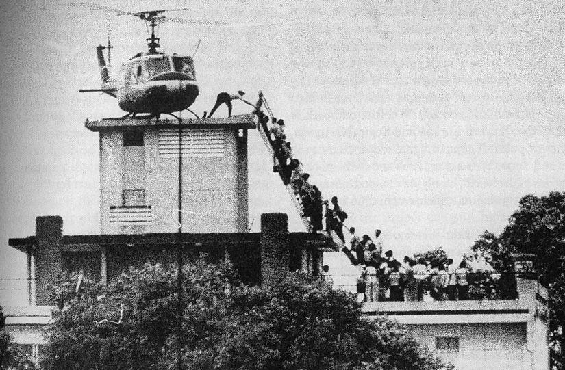 Chiến dịch Gió lốc: Cuộc di tản bằng trực thăng lớn nhất lịch sử loài người