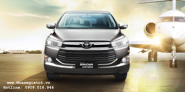 Toyota Innova V 2016 được đánh giá là phiên bản có ngoại và nội thất cực kỳ sang trọng