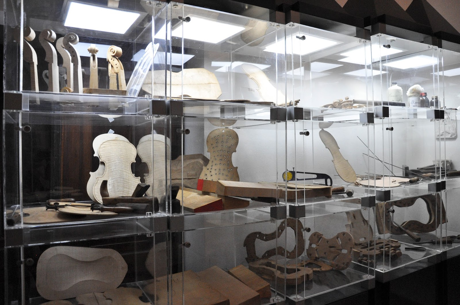 How a violin is made, Exhibit case, Museum of the Music, Venice, Italy