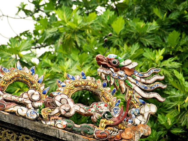 Detalle decorativo Tumba de Minh Mang en Hué