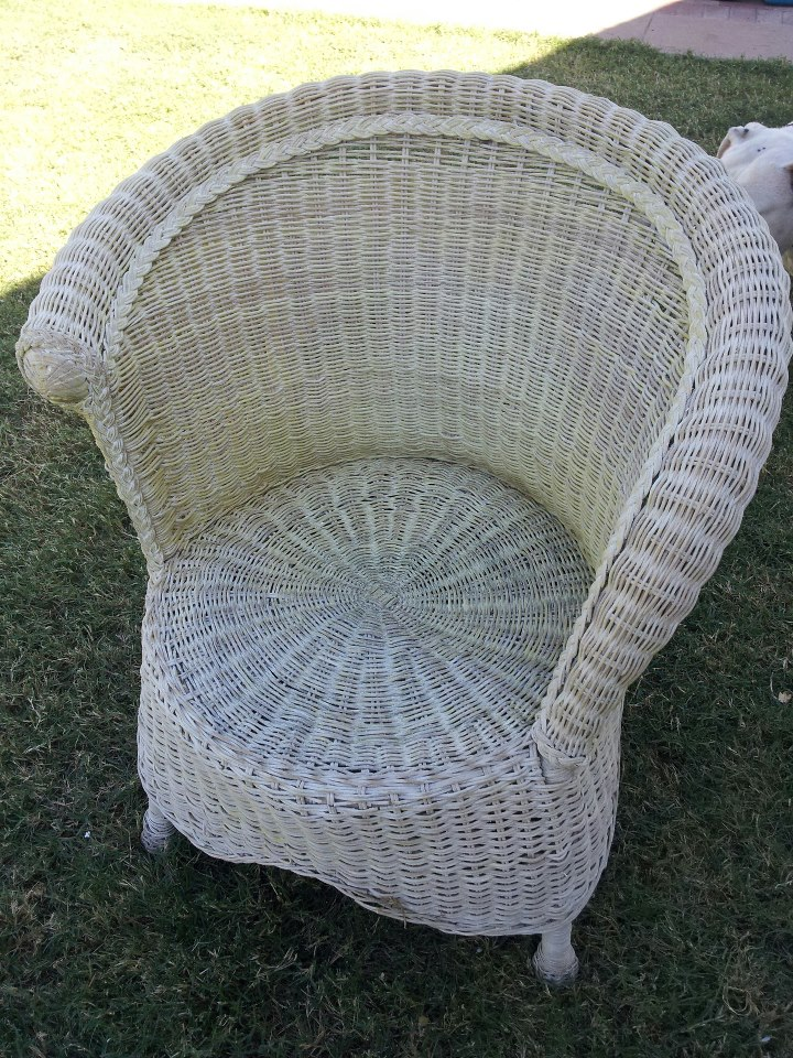 pier one wicker chair Bird Bath and Pier 1 Wicker Chair and Some Spray Paint | What one  pier one wicker chair