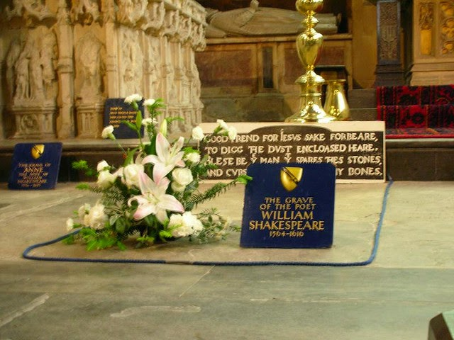 Buried At Holy Trinity Anglican Stratford Upon Avon William Was Born On St Georges Day 23 Apr 1564 And Died