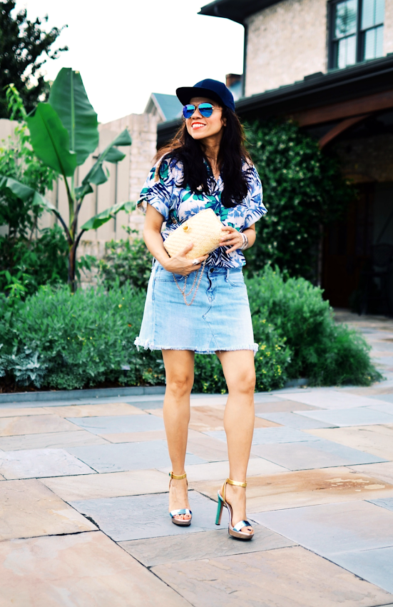 Tropical prints street style