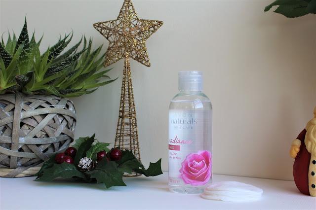 6 Benefícios Da Água De Rosas
