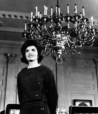 A Tour Of The White House With Mrs John F Kennedy