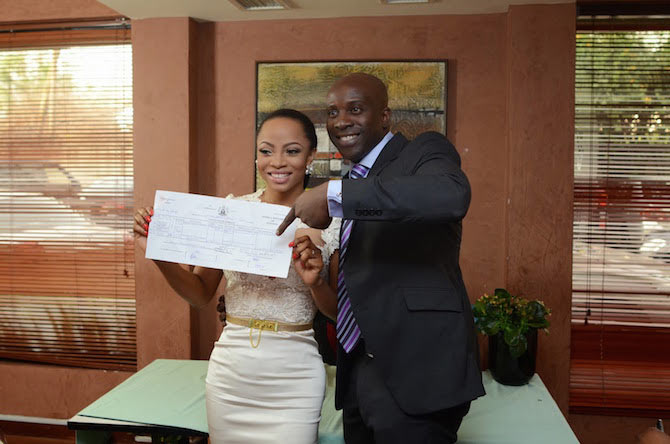"""Toke Makinwa sued by ex-hubby Maje Ayida over her book """"On Becoming"""""""