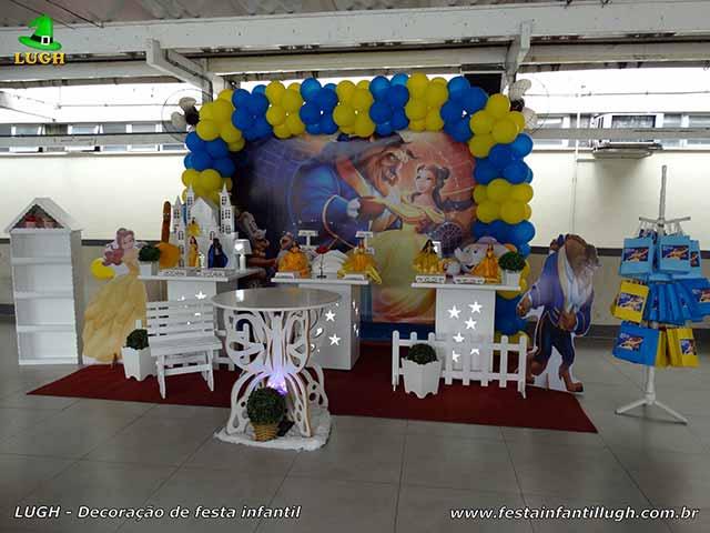 Decoração A Bela e a Fera para festa de aniversário infantil - Barra (RJ)