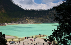 Wisata Kawah Putih Di Bandung