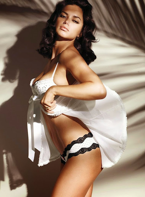 Adriana Lima sexy goddess Victoria's Secret lingerie models photoshoot