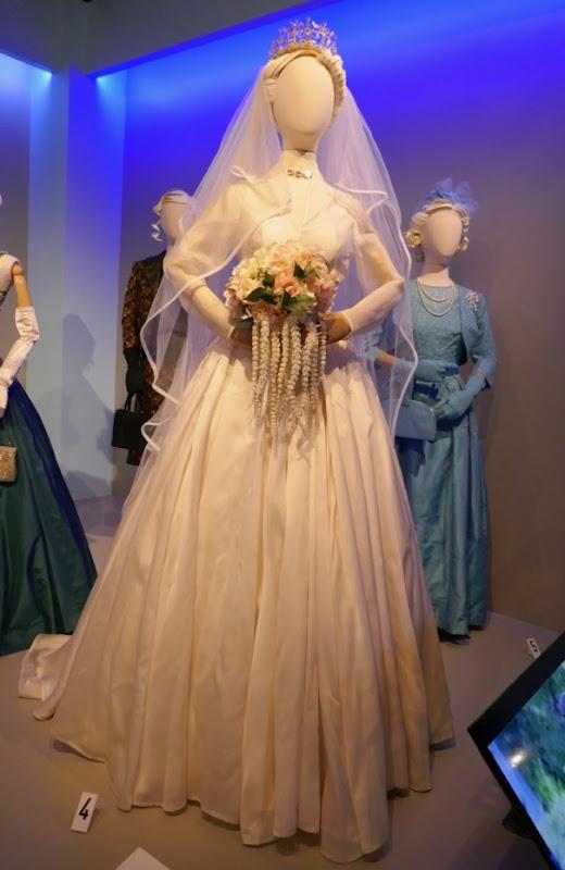 Vanessa Kirby Crown Princess Margaret wedding gown