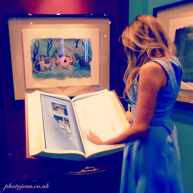 Cinderella-exhibition-2015-london-movie-disney-book