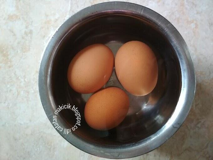 Tips: Cara Mudah Mengupas Telur Rebus